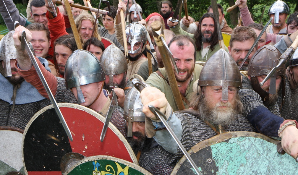 Dense crowd of Vikings, threatening the camera